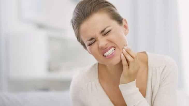 كيفية علاج الجز على الاسنان وأسبابه