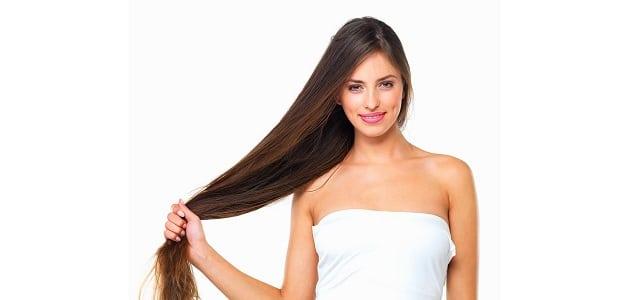 22 وصفة طبيعية لتطويل الشعر وتكثيفه بسرعة