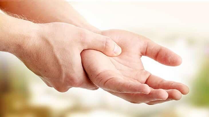 علاج تنميل الاطراف المستمر واسبابه