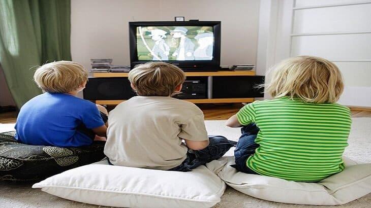علاج إدمان الأطفال على التلفاز