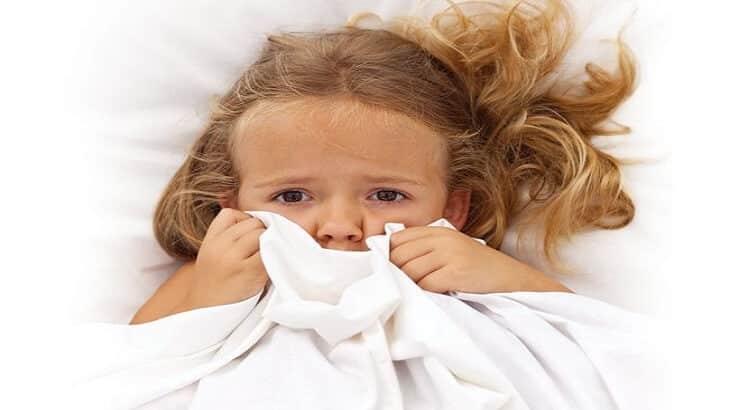 نصائح لعلاج الخوف عند الأطفال