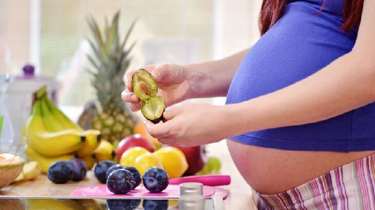 10 أطعمة ممنوعة أثناء الحمل لا تقتربي منهم