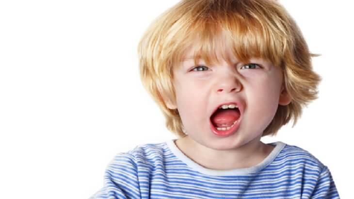 علاج تاخر النطق عند الاطفال و أسبابه