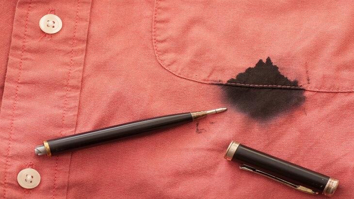 كيفية ازالة بقع الحبر من الملابس