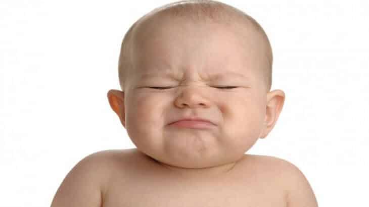 علاج الامساك عند الرضع في الشهور الاولى بالاعشاب