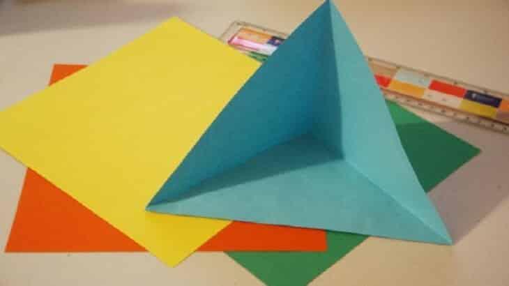 كيف تصنع العاب للاطفال من الورق بالصور والخطوات