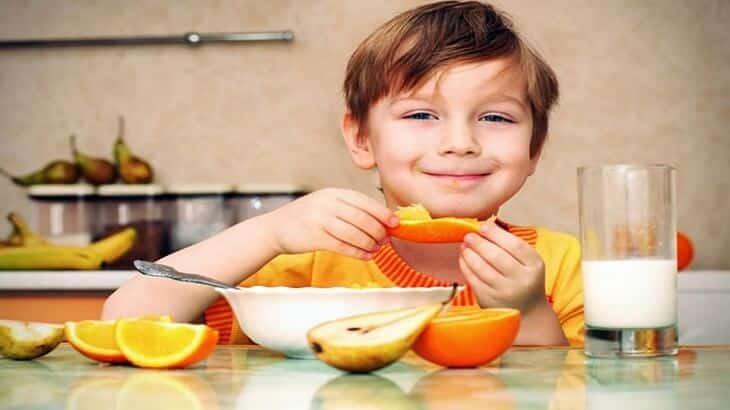 7 أطعمة تزيد المناعة عند الأطفال والكبار