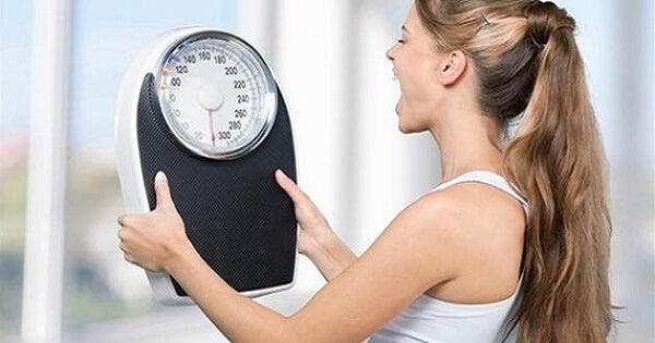 اسباب ثبات الوزن اثناء الرجيم وكيفية علاجه
