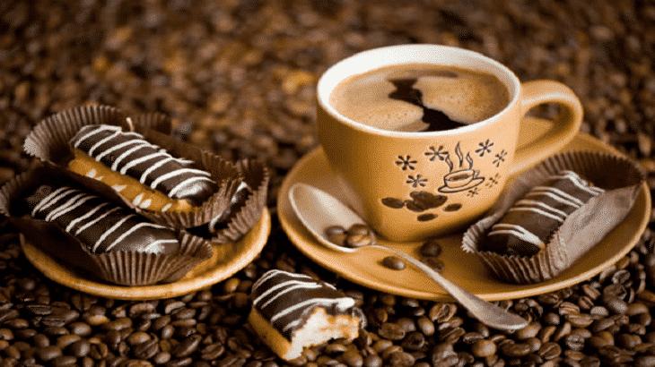 طريقة عمل القهوة باللبن الفرنسية بو