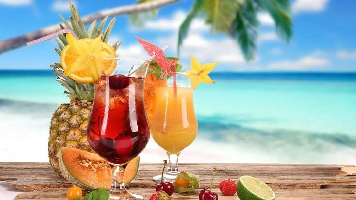 ٩ مشروبات باردة للصيف سهلة التحضير