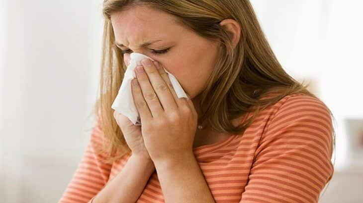 11 طريقة لعلاج حساسية الانف