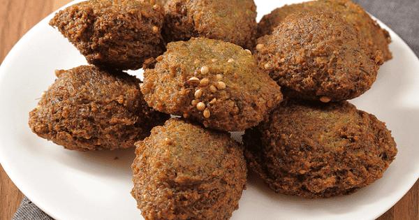 طريقة عمل الطعمية المصرية مثل المطاعم في المنزل