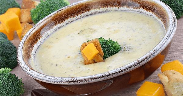 طريقة عمل شوربة البروكلي بالجبن بالصور خطوة بخطوة