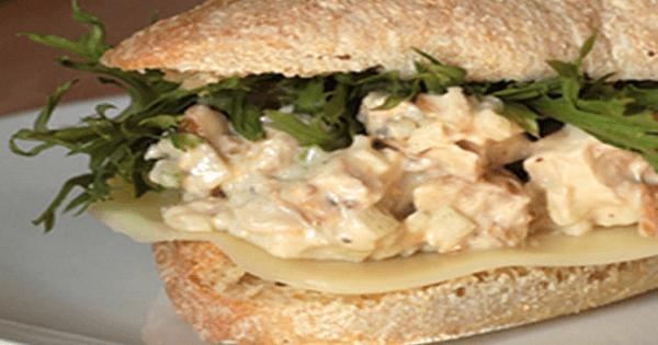 طريقة عمل كلوب ساندوتش تونه بالمايونيز بالصور