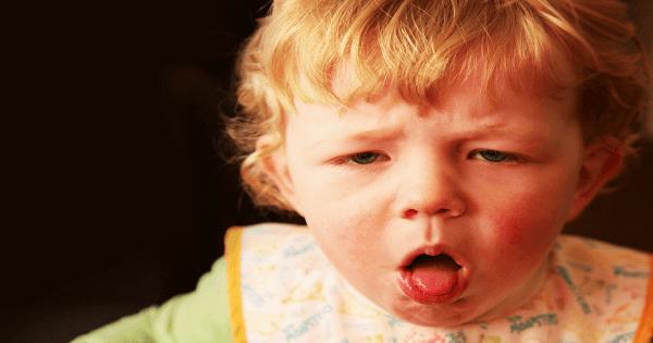 علاج الكحة عند الاطفال وقت النوم بالاعشاب الطبيعية