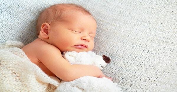 معلومات عن الأطفال حديثي الولادة وكيفية التعامل معهم
