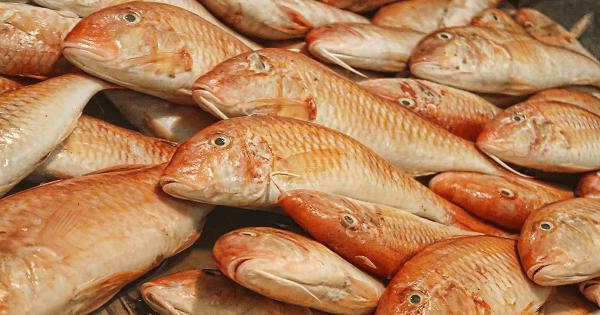 طريقة عمل السمك البربونى المقلى بالصور