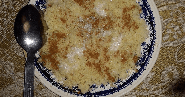 طريقة عمل الكسكسي المصري باللبن والسكر بالصور