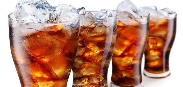 اضرار المشروبات الغازية على الكلى والعظام