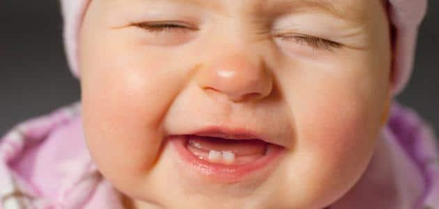 علاج الإسهال عند الرضع بسبب التسنين بالأعشاب