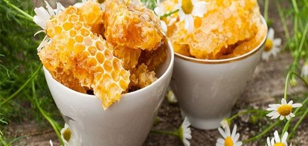 فوائد شمع العسل للبشرة