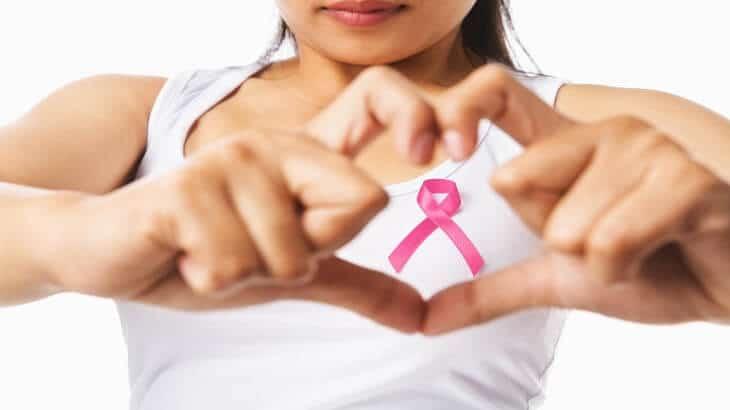 اسباب سرطان الثدي عند الفتيات
