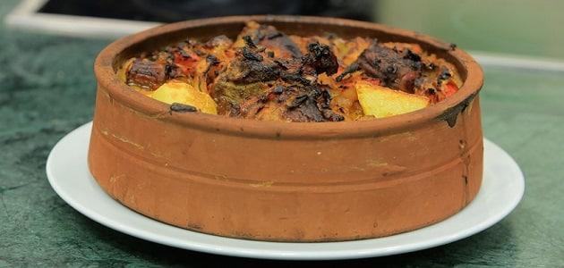 طريقة عمل طاجن عكاوي بالبطاطس والبصل