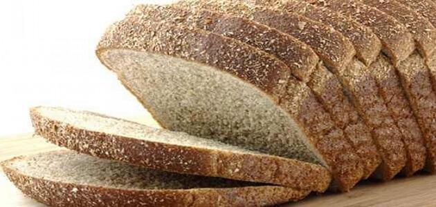 فوائد الخبز الكامل لبناء الجسم