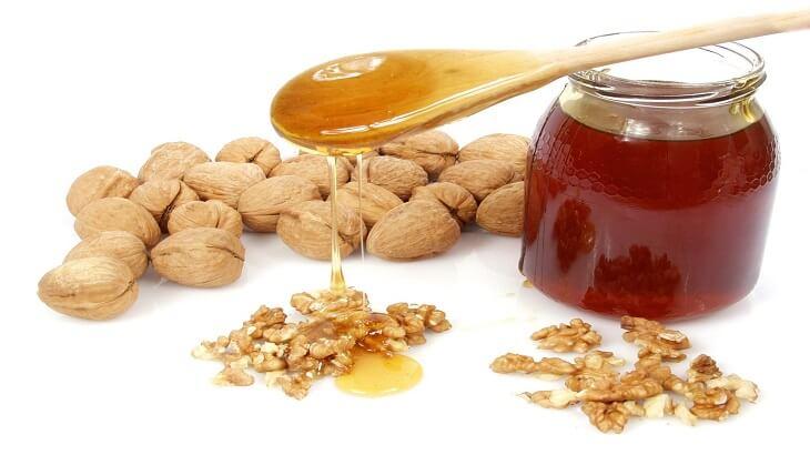 فوائد عين الجمل والعسل للوجه