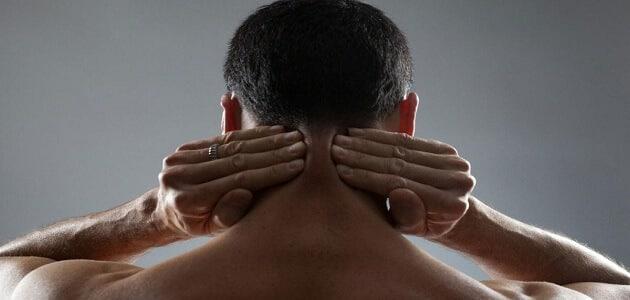 اسباب الصداع الخلفي بعد غسيل الشعر
