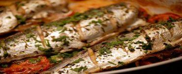 طريقة عمل سمك الماكريل بالخضروات