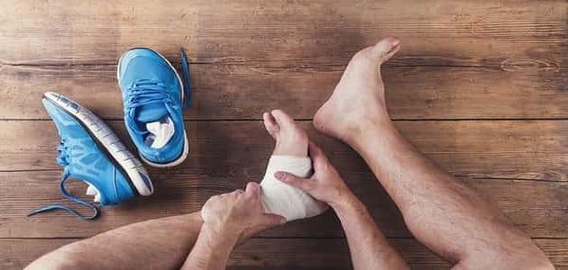 علاج العظمة الشوكية في كعب الرجل بالثوم