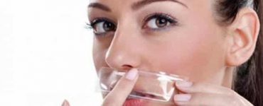 أضرار إزالة شعر الوجه بالحلاوة للجلد والبشرة الحساسة