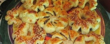 طريقة عمل خبز بالتمر الحساوي