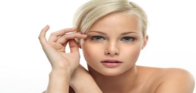 ما هي أدوات تنظيف الوجه الصحية التي يجب تواجدها في المنزل