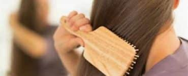 طريقة تمشيط الشعر الصحيحة بعد الاستحمام