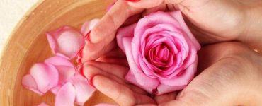 خلطة فيتامين سي فوار وماء الورد للجسم