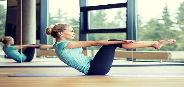 كيفية ممارسة رياضة البيلاتس لنحت الجسم