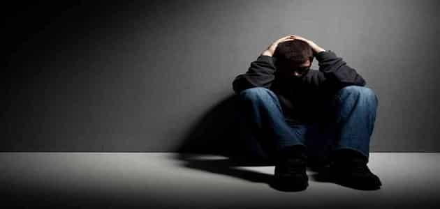 اشهر اعراض مرض الاكتئاب الذهاني وعلاجه