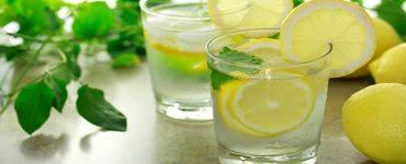فوائد شرب الماء الدافئ مع الليمون للتخسيس
