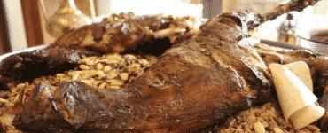 طريقة طبخ فخدة الخروف مع الأرز في الفرن