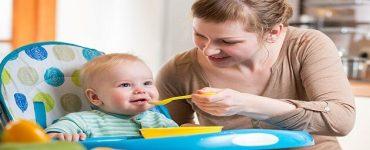 جدول تغذية الرضيع في الشهر الرابع