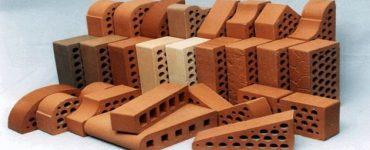 صناعة القرميد يدويًا