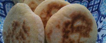 طريقة تحضير الخبز المغربي البلدي بالسميد