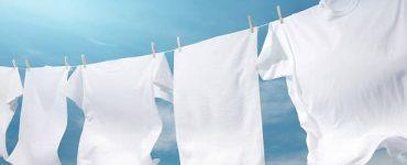 كيف نحافظ على بياض الملابس البيضاء