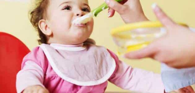 طرق تغذية الطفل الضعيف