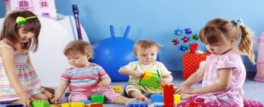 كيف العب مع أطفالي في البيت