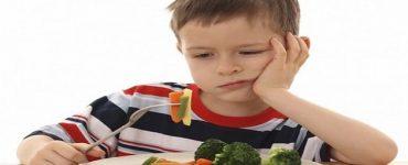 إقناع الطفل بالأكل