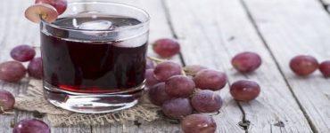 عصير العنب الأحمر