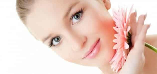 فوائد حليب الأطفال منظف للوجه